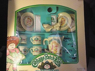 Cabbage Patch Kids Tea Party Cupboard . # 618 .  VTG 1984
