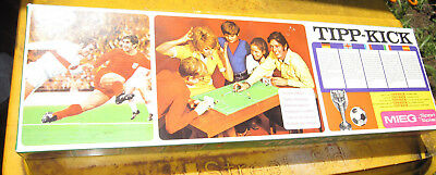 1970's TIPP-KICK SOCCER FOOTBALL TABLE TOP GAME GERMANY DIE CAST LEAD FIGURES