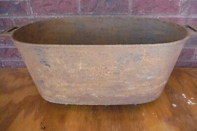 Large Heavy Vintage Oval Cast Iron Wash Pot / Cauldron with Handles & 4 Feet