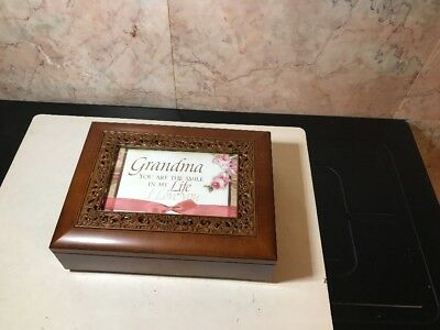 Sankyo Grandma Music Jewlery Box-new-F-9