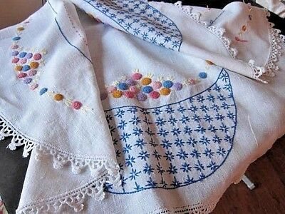 Vintage Hand Embroidered Round Linen Table Topper/Cloth~Lace Trim~French Knots