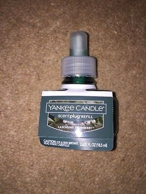 Brand new Yankee candle USA Scentplug refill 'Cascading snowberry'