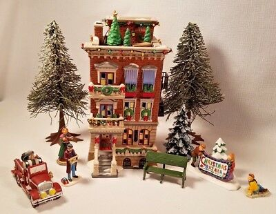 Parkside Holiday Brownstone, Dept. 56 #58937 , Trees & Accessories, Included