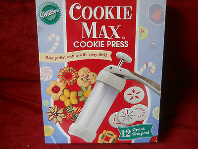 Wilton Cookie Max Cookie Press with 12 Disks and Recipes & Instructions NIB