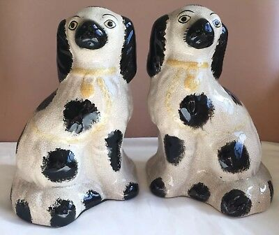 Vintage Pair Porcelain Staffordshire style decorative mantle Wally Spaniel Dogs