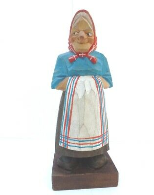 Swedish WOOD CARVING  - LADY IN APRON - LORENS LARSSON - SIGNED - CARVED Sweden