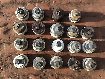 Lot of 18 Vintage Porcelain Twist Rotary Light Switches