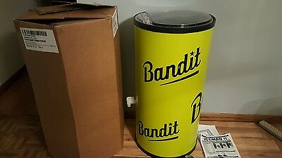 (L@@k) Bandit Wine Ice Chest Cooler On Wheels Bar Cans Winery Game Room Patio Ca