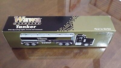 WAWA Gasoline Tanker with Lights, Sound & Coinbank 1/32 Scale