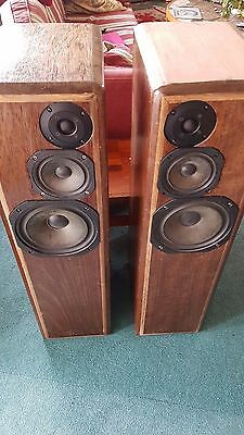 HI FI WORLD Kls3 Loudspeakers