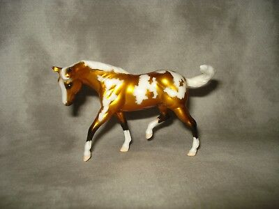 Breyer CM Glossy Decorator Golden Palomino Pinto Stablemate