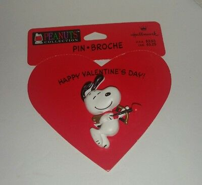 Hallmark Peanuts Cupid Snoopy Valentine Day Pin Brooch New on Card