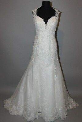 Essence of Australia Bridal Gown Style # D2262