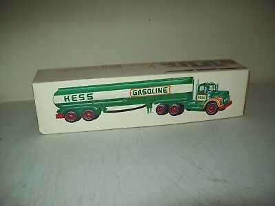 1972-74 Hess Truck last year by Marx British Hong Kong working Great shape