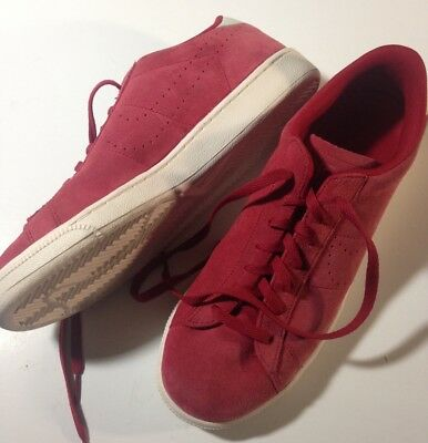 d59f6328d0d7d9 Nike Men s Red Suede Tennis Classic   Skate Shoes 829351-600 Size 9.5 Very  Nice