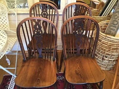 4 Antique Vintage Oak Wooden Wheel Back Sturdy Chairs With Beautiful Patina