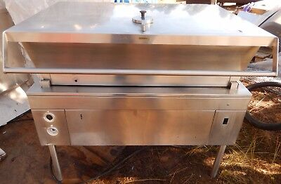 TILT SKILLET by CLEVELAND, 40 GALLON,FULLY AUTOMATIC, IN EXCELLENT CONDITION