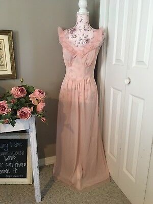 VTG Vanity Fair Tricot Nylon Nightgown Size 36 Pleated Ruffle Pink Negligee Long