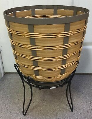 "Longaberger On The Veranda 14"" Caramel Basket And Stand"