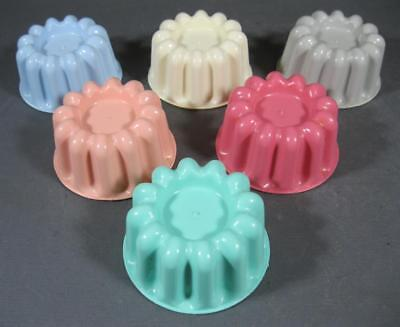 Retro harlequin pastel plastic jelly mould/mold set x 6 small -kitchenalia