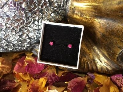 Stunning natural Magenta-pink Ruby 3mm sterling silver claw stud earrings 🌹
