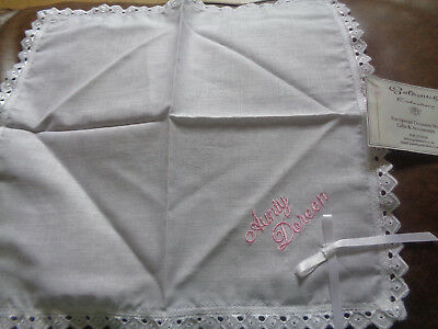 "1 Ladies Handkerchief Hankie with ""Aunty Doreen"" Embroidered Unused"