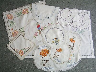 Vintage Bulk Lot Embroidered Doilies Centre Pieces
