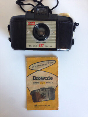 Vintage Bakelite Brownie 127 Model 2 Film Camera