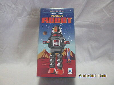 Wind Up Metal Red Robot Toy *NEW*