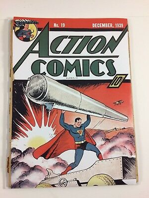 Action Comics #19 December 1939 0.5 Coverless Centerfold Intact Check it Out!!