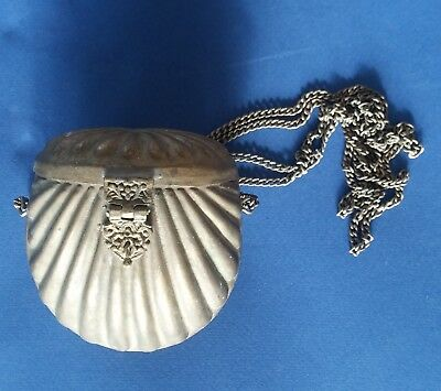 Vintage Clam Shell Shoulder Purse, Circa 1920, Brass