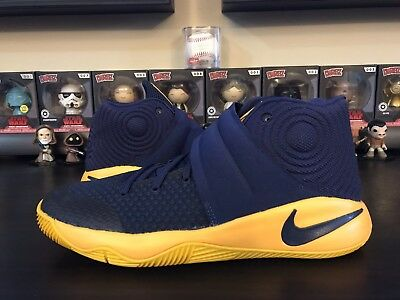 Nike Air Kyrie 2 GS CAVS size 7Y Navy University Gold New Boys Girls