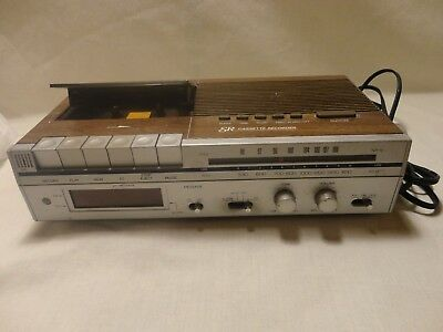 Vintage Sears and Robuck Am/FM Radio Alarm Clock with Cassette Deck