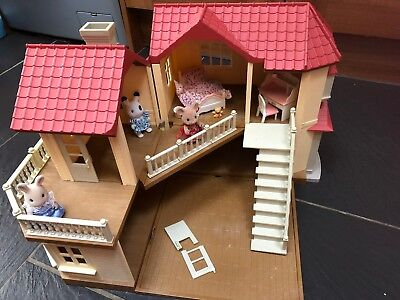 Sylvanian Families Beechwood Hall House With Girls Bed Desk Piano Stool Figures