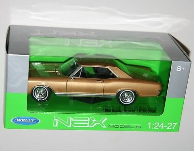 Buick Riviera Gran Sport Coupe 1965 Gold Met WELLY 1:24 WE24072G Model