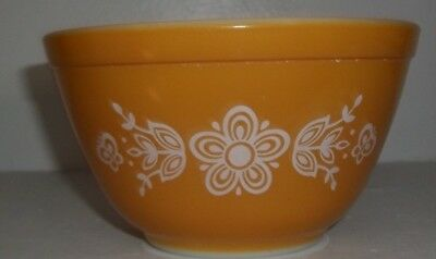 Pyrex Bowl Butterfly Gold Nesting Mixing 401 Bowl 1.5 Pint Vintage