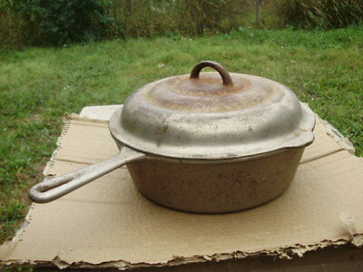 "Vintage Cast Iron Dutch Oven ""Mi-Pet""  The Western Foundry  Co. CHICAGO W/Lid"