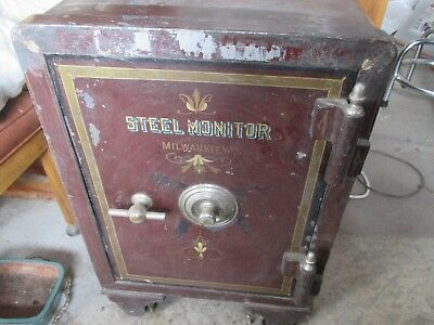 Antique Safe 1800,s Steel Monitor Milwaukee Used by THE WARREN Foundry Alpena MI