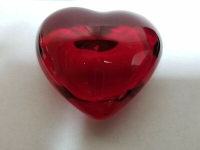 Baccarat inspired deep red puffy heart paperweight vintage mint crystal artisan