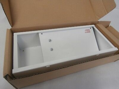 Cooper Lighting Single Sided Exit Sign Light 1x8W 230-240VAC Industrial NEW