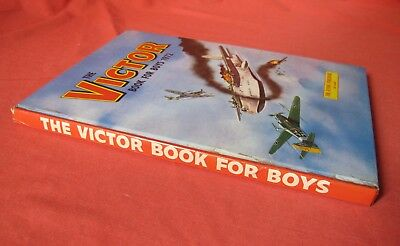 The Victor Book For Boys Annual 1972 Lovely Condition Clean Tight And Bright!