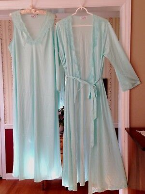 Vintage Vanity Fair Long sleeve Robe Sleeveless Nightgown 2pc Set Green Silky L