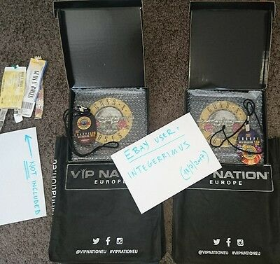 GUNS N' ROSES VIP GIFT PACK LIMITED EDITION (old tickets, picks, pendant, book)