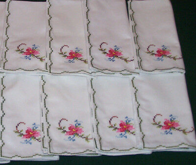 "8 GORGEOUS  VINTAGE  FLORAL EMBROIDERED NAPKINS, 16"" x 16"", NEVER USED, c1950"