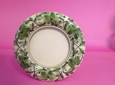 JERSEY POTTERY HAND PAINTED PHOTO FRAME - Diameter 5.5 inches - GREEN & WHITE