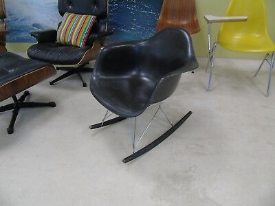 Original Vintage Herman Miller RAR Fiberglas Rocking Arm Chair / Vitra