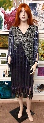 1980s Pure Silk Heavily Sequinned Flapper Party Dress M