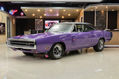 1970 Dodge Charger R/T Charger R/T! Dodge 440ci V8, A727 Torqueflite Automatic, Dana 60 Posi, PB, A/C