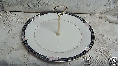 Royal Doulton Vogue Enchantment Collection Round Serving Plate Handle 1984
