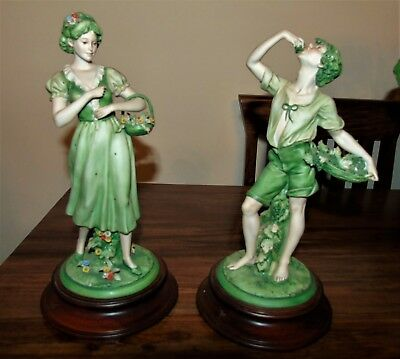 'pair Of Capodemonte Figurines In Virtual Mint Condition Triade By Benacchio'